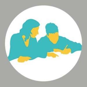 Illustration d'une femme qui aide un jeune homme dans ses travaux d'écriture